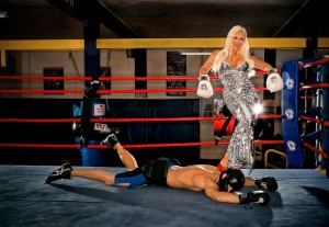 Linda Hogan ( Hulk Hogan's ex-wife) shooting the cover photo of her tell-all book  @SBB